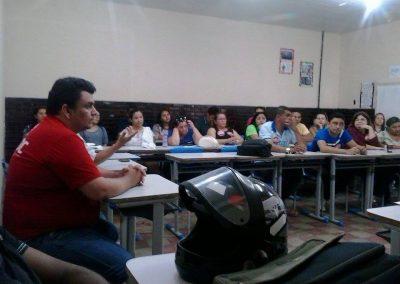 O Sindicato APEOC participou de plenária nas cidades de  Redenção e Acarape na manhã desta segunda-feira (20). O objetivo do encontro foi discutir a atual conjuntura e definir os rumos da greve. Todas as escolas estaduais de Redenção e Acarape estão com as atividades paralisadas.