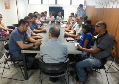 Educadores em greve realizam Ato em frente ao Palácio da Abolição, em Fortaleza. Comissão foi recebida pelo secretário de Relações Institucionais do Estado, Nelson Martins.