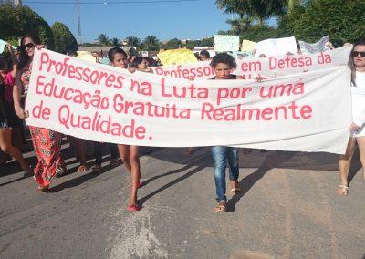Professores e estudantes em mobilização pela Greve Geral da Educação - Poranga
