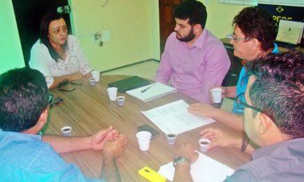Sindicato APEOC cobra 60% do Fundef para professores de Itaitinga