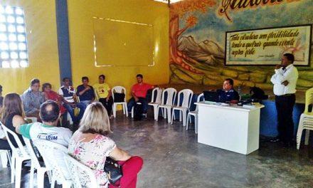 Sindicato APEOC se reúne com Conselho do FUNDEB de Umirim