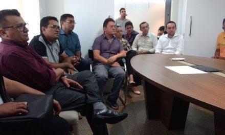 Itatira: Sindicato APEOC negocia com prefeito liberação do precatório do Fundef