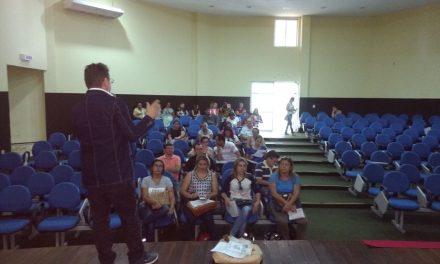 Tauá: Assembleia com os professores sobre o precatório do Fundef