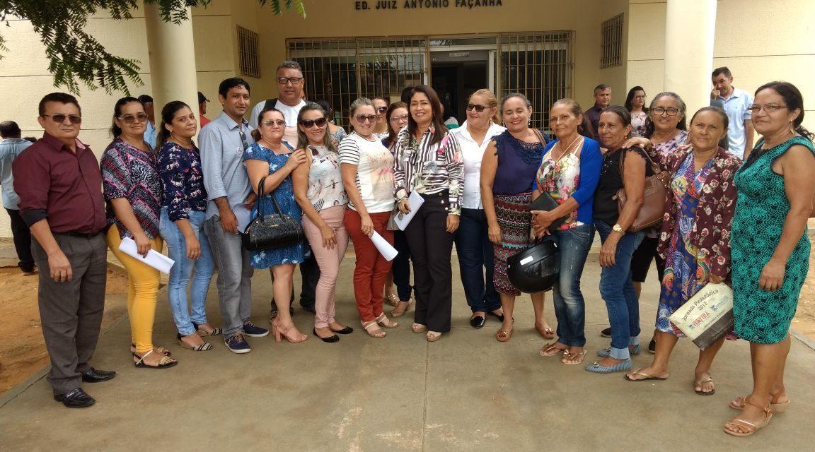 Itatira: Sindicato APEOC discute precatório do Fundef em audiência com prefeito