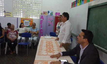 Baixio: Sindicato APEOC debate Precatório do FUNDEF com professores e gestores do Município