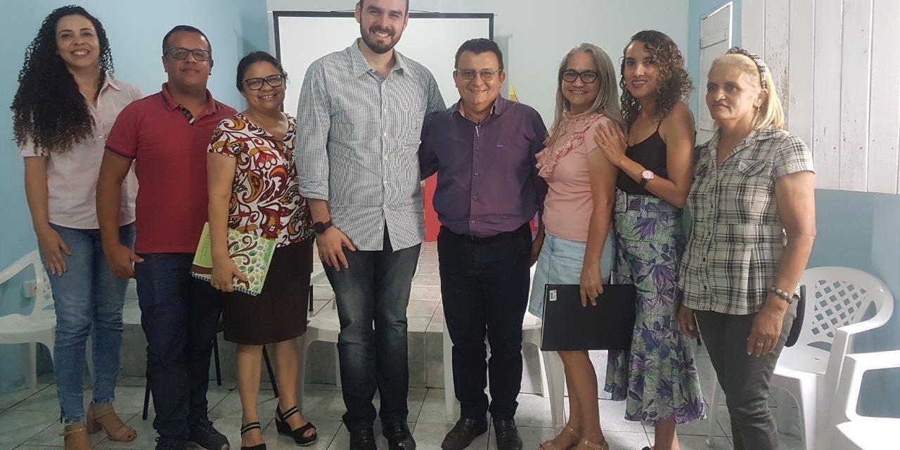 NOVA OLINDA: APEOC REIVINDICA PRECATÓRIOS, PLANO DE CARGOS E CARREIRAS E PROGRESSÃO HORIZONTAL COM GESTÃO MUNICIPAL